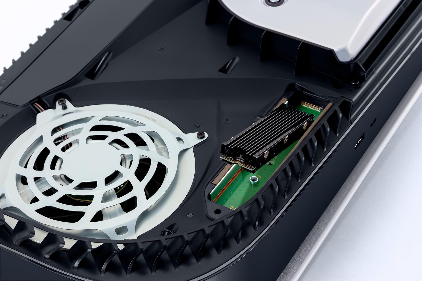 Playstation 5 PS5 opslag uitbereiden- externe schijf op aan te sluiten via een USB-poort